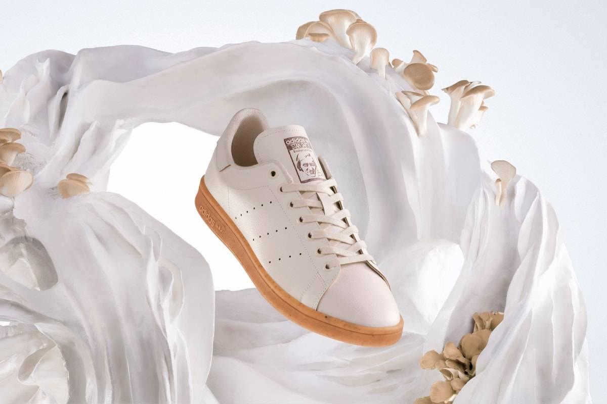 """Adidas se suma a la """"fiebre"""" del micelio y presenta sus primeras zapatillas hechas de """"cuero de hongos"""""""