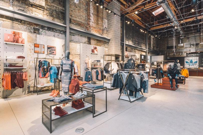 En imágenes  La tienda más grande del mundo de Adidas Originals ha abierto  sus puertas 750addc2822e9