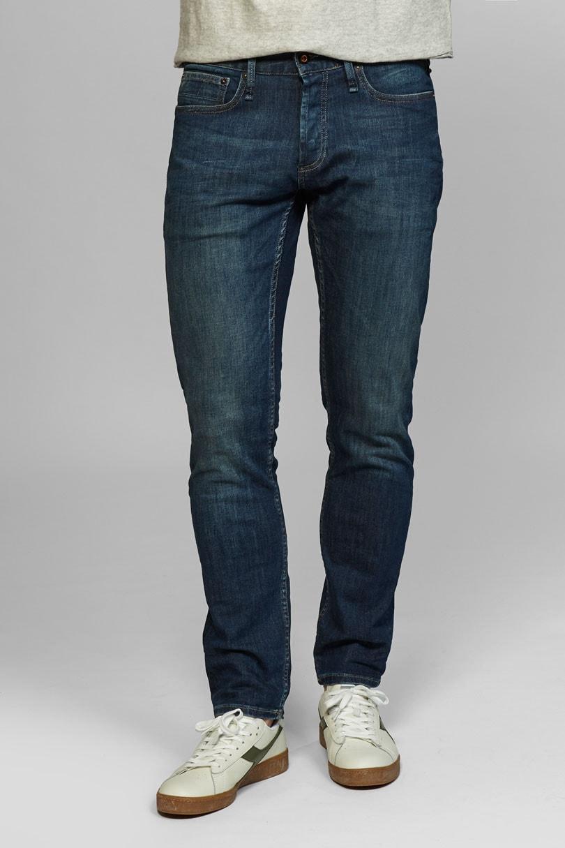 068b2ce079 Los jeans más vendidos de las 9 mejores marcas de denim