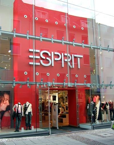 Esprit ficha a ex consejero de Inditex y sus acciones suben